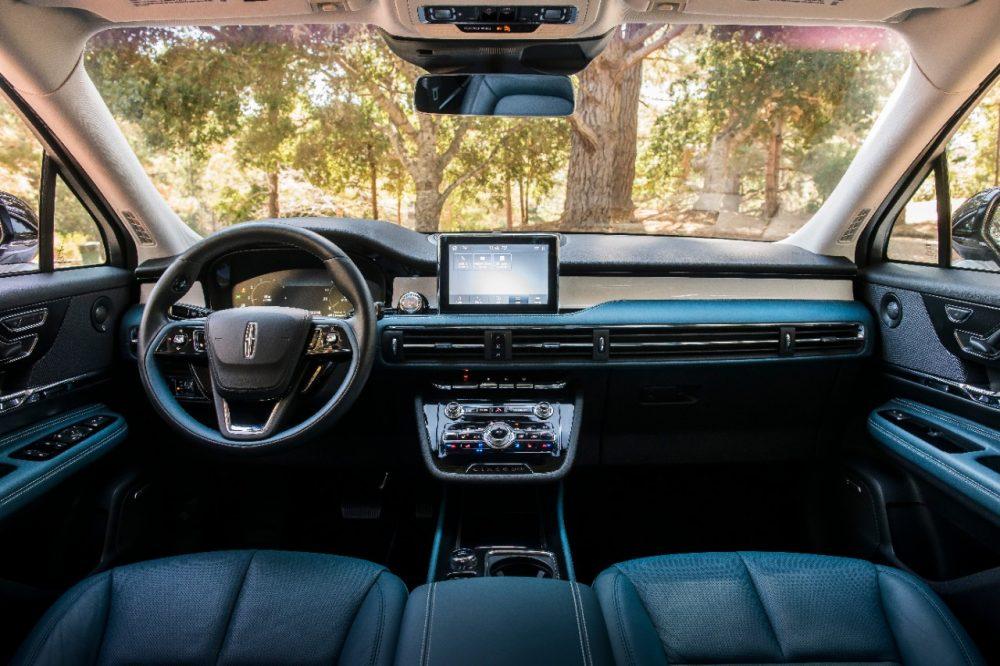 2020 Lincoln Corsair Beyond Blue interior | Corsair named among Autotrader 10 Best Car Interiors Under $50000