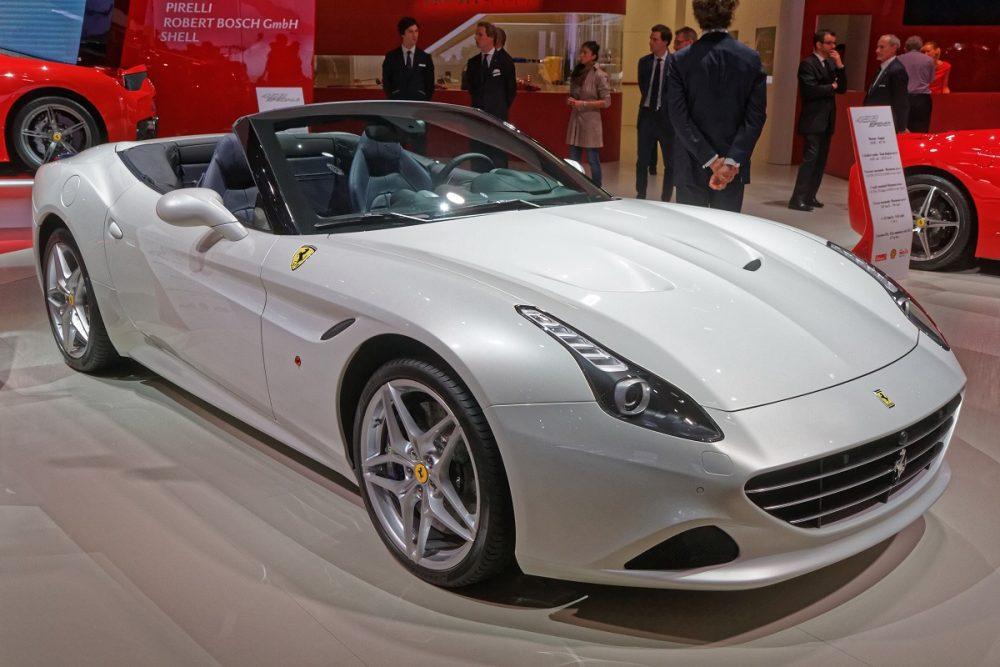 2017 Ferrari California T white