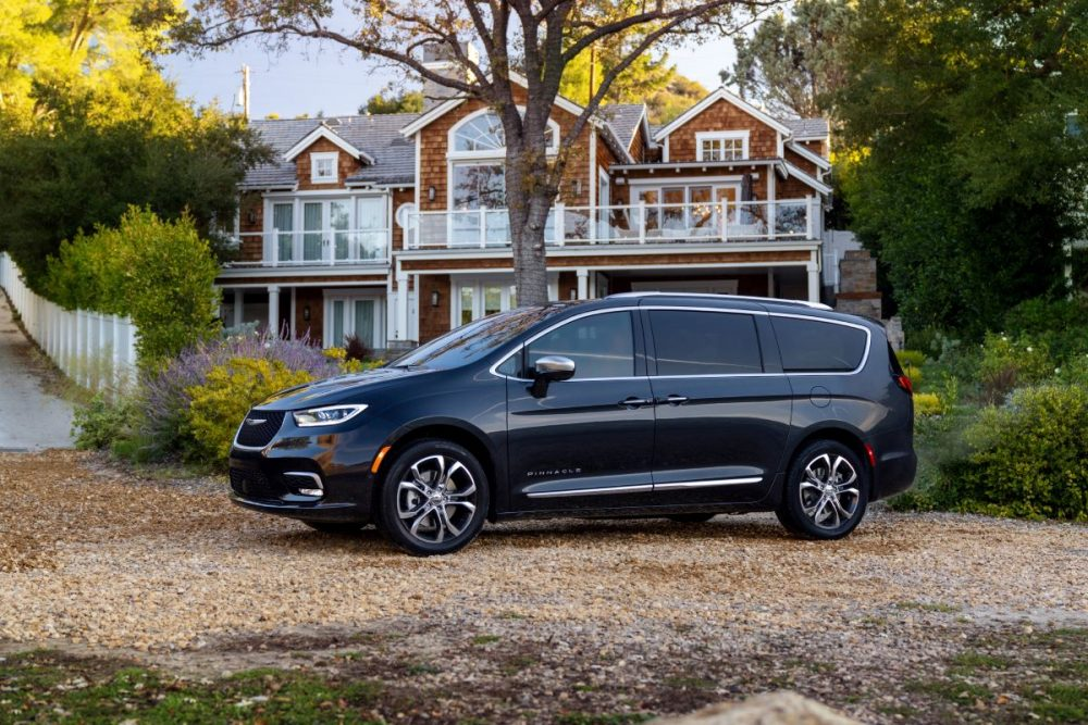 2021 Chrysler Pacifica Pinnacle. Jeep Wrangler and Chrysler Pacifica make list of the 10 Best Cars for Dog Lovers.