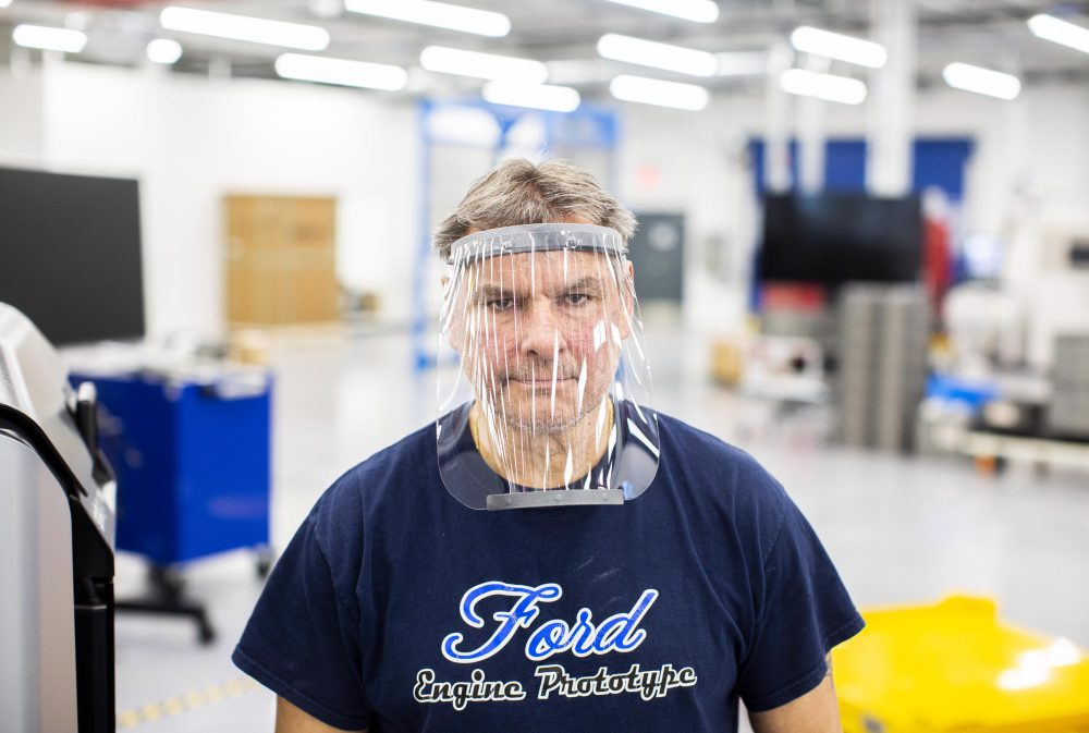 Ford of Mexico Produces 100,000 Face Shields