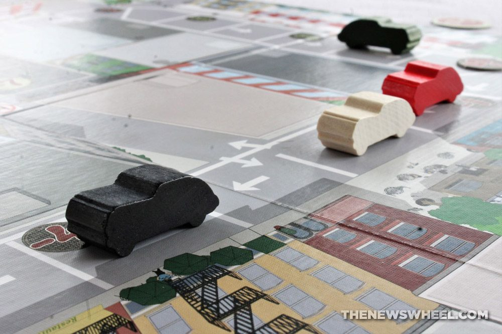 Little Italy review Reiner Knizia Playroom 2007 Italian mobster racing board game classic car meeples