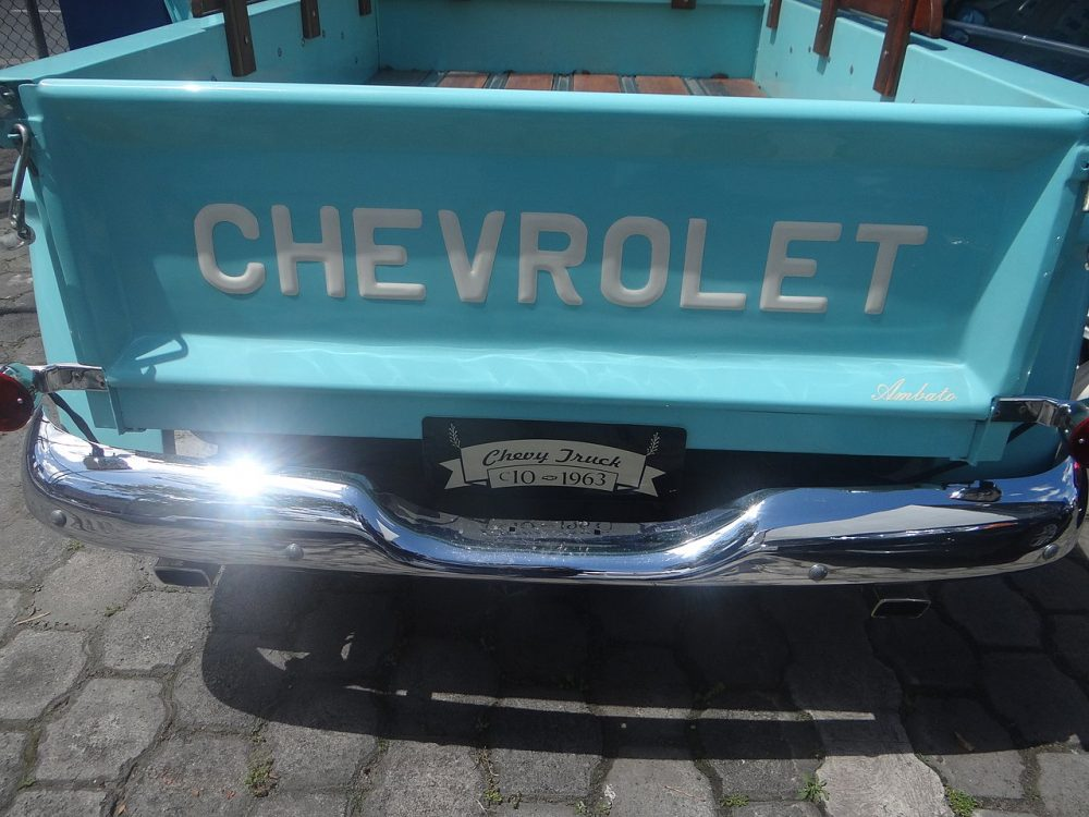 A 1963 Chevrolet pickup, much like the one in the ¡Chevrolet Olé! commercial