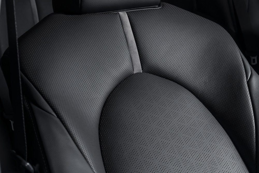 2021 Toyota Camry XSE Hybrid seat detail