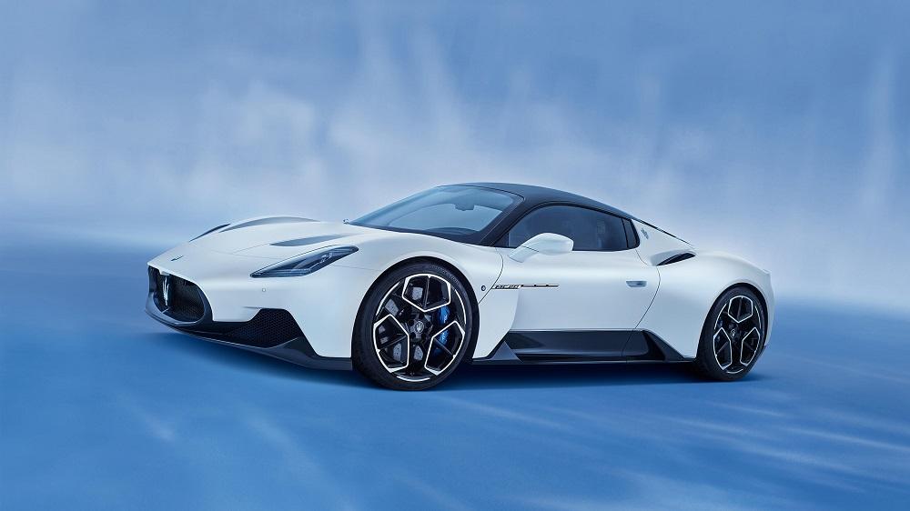 2021 Maserati MC20 front side