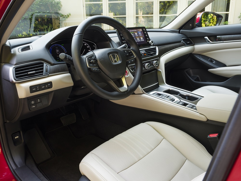 2021 Honda Accord Hybrid driver side