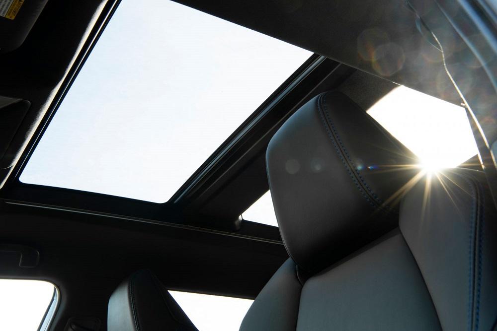 2021 Toyota RAV4 XSE sunroof