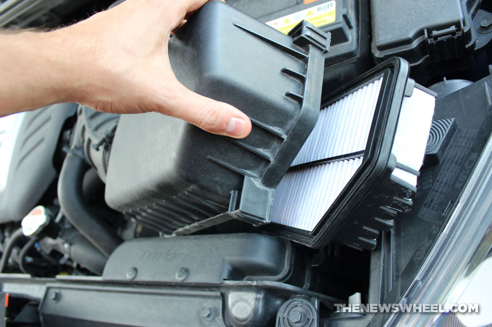 Car engine air filter replace DIY instructions