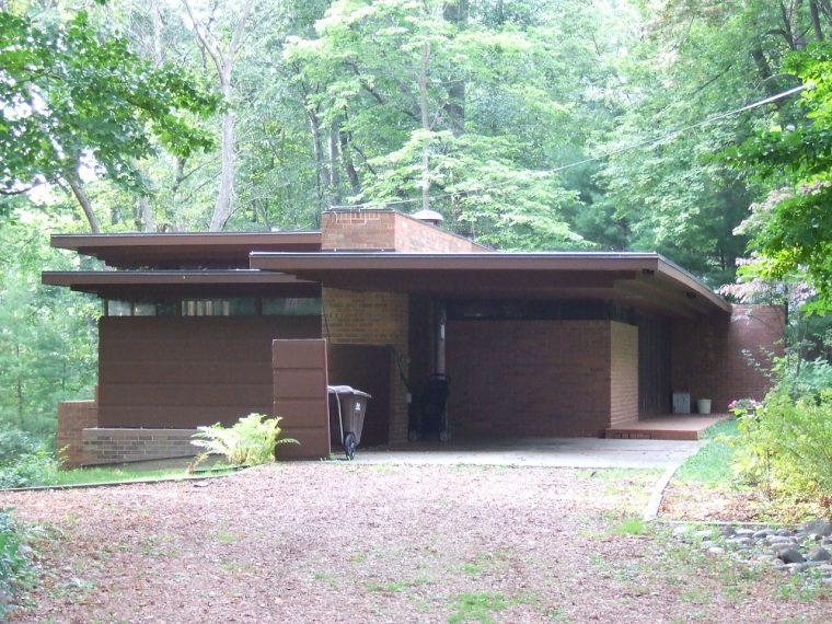 usonian house frank lloyd wright Goetsch_Winckler_House,_2009