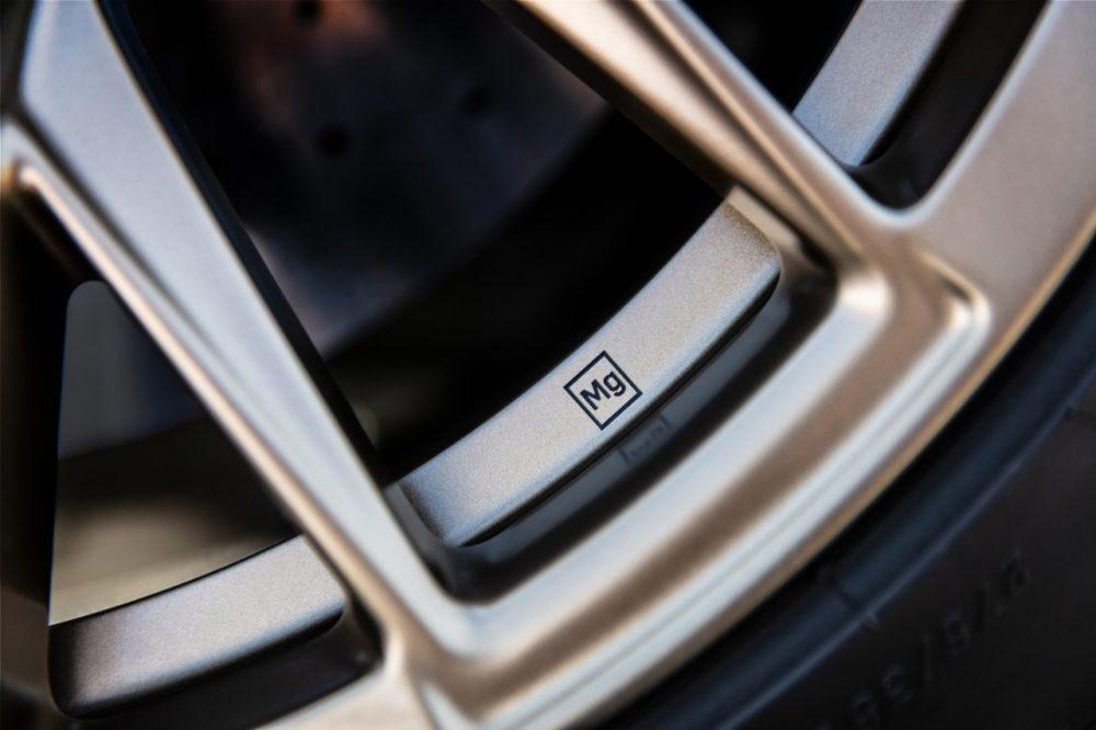 2022 Cadillac CT4-V Blackwing CT5-V Blackwing magnesium alloy wheels