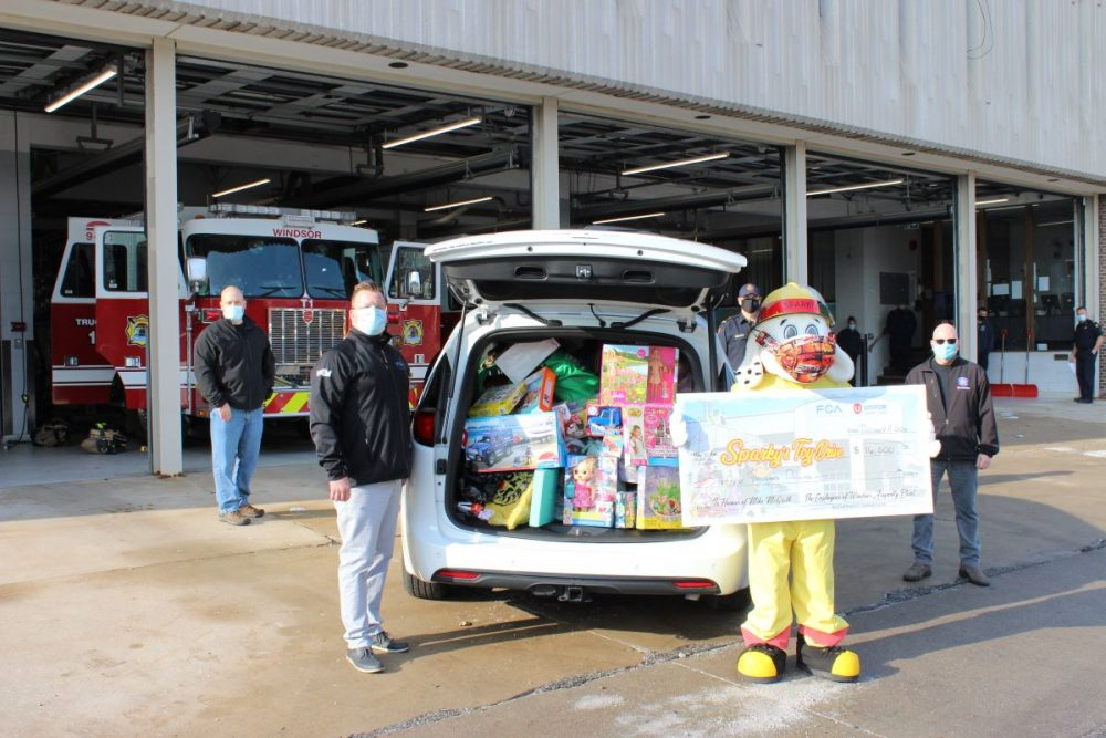 FCA Canada Windsor employees support local toy drive