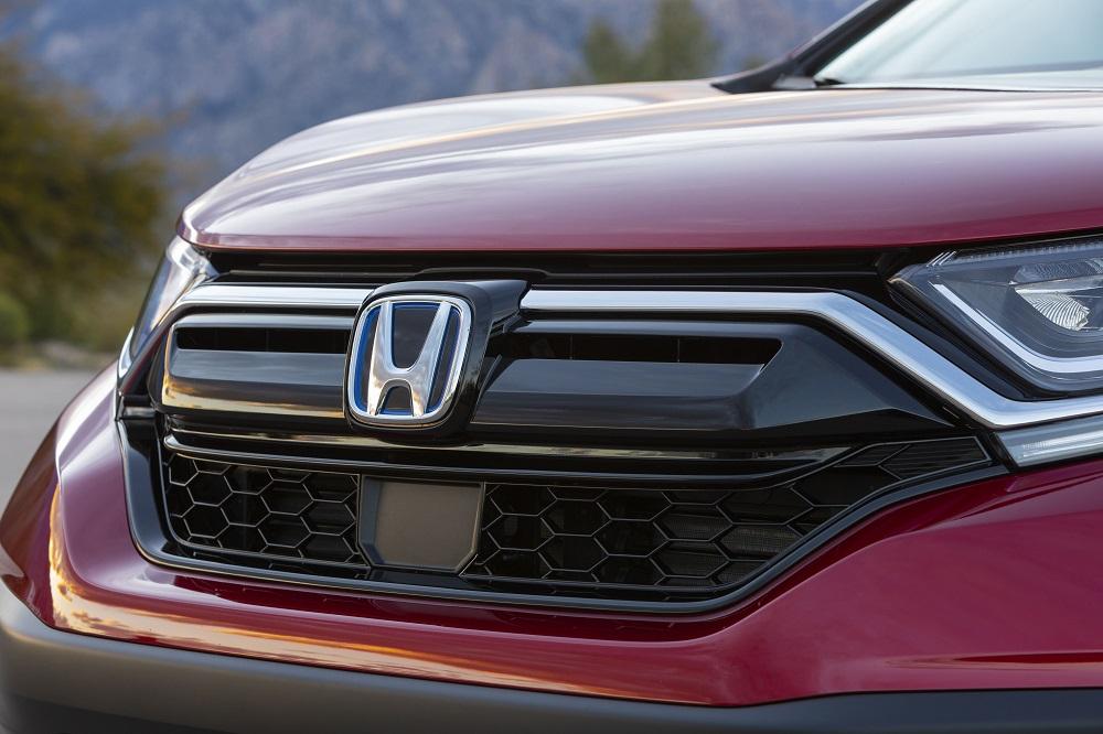 Front badge of the 2021 Honda CR-V Hybrid