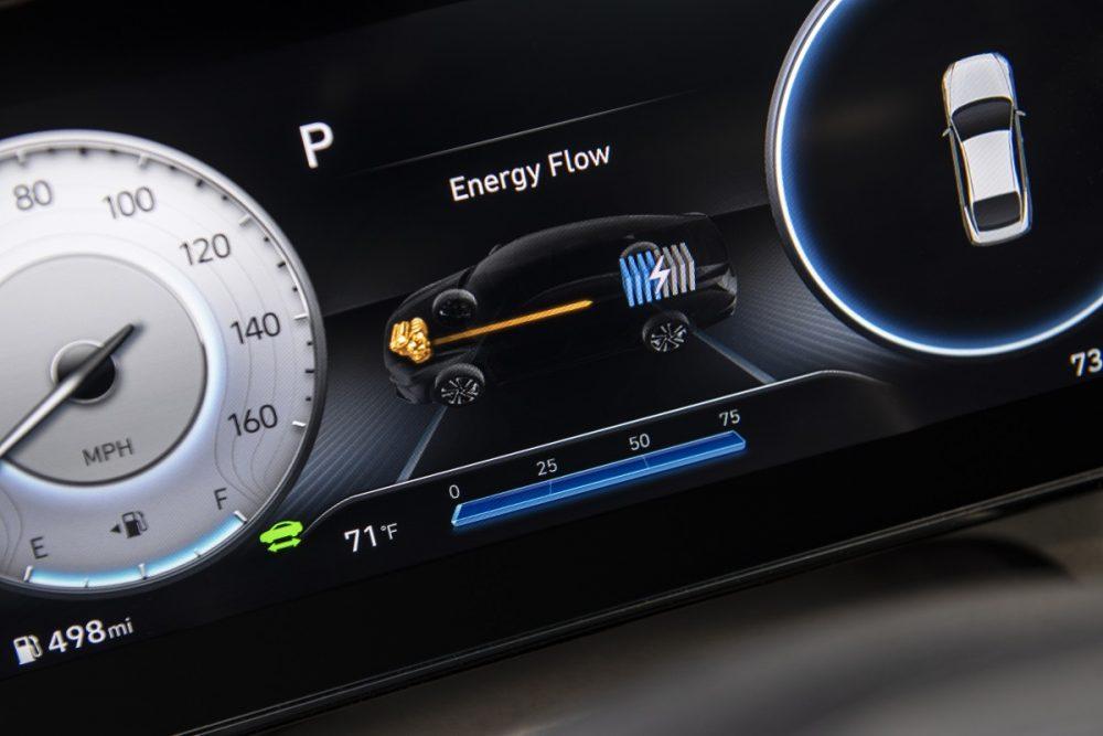 2021 Hyundai Elantra Hybrid driver display