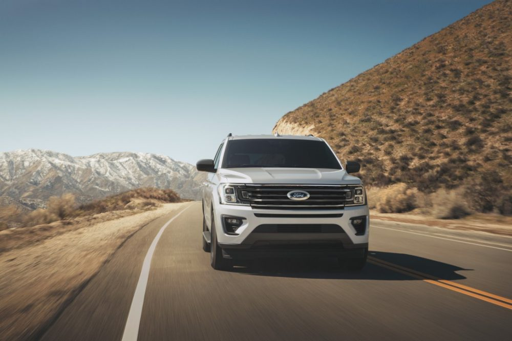 2021 Ford Expedition XL STX action front shot
