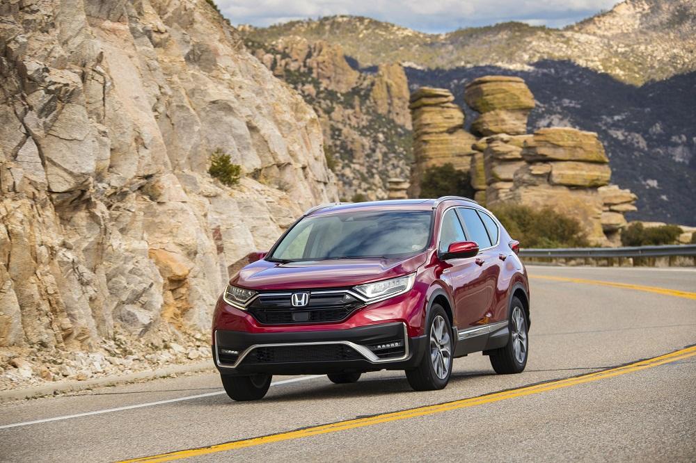 2021 Honda CR-V Hybrid on mountain road