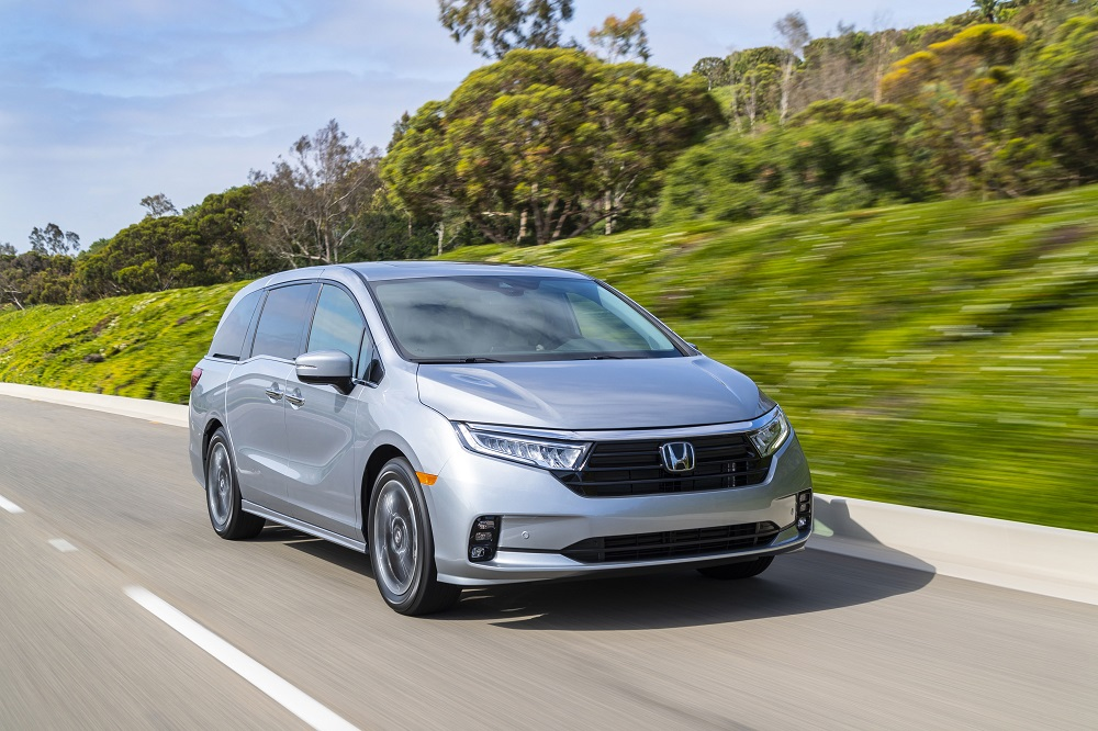 2021 Honda Odyssey on the road