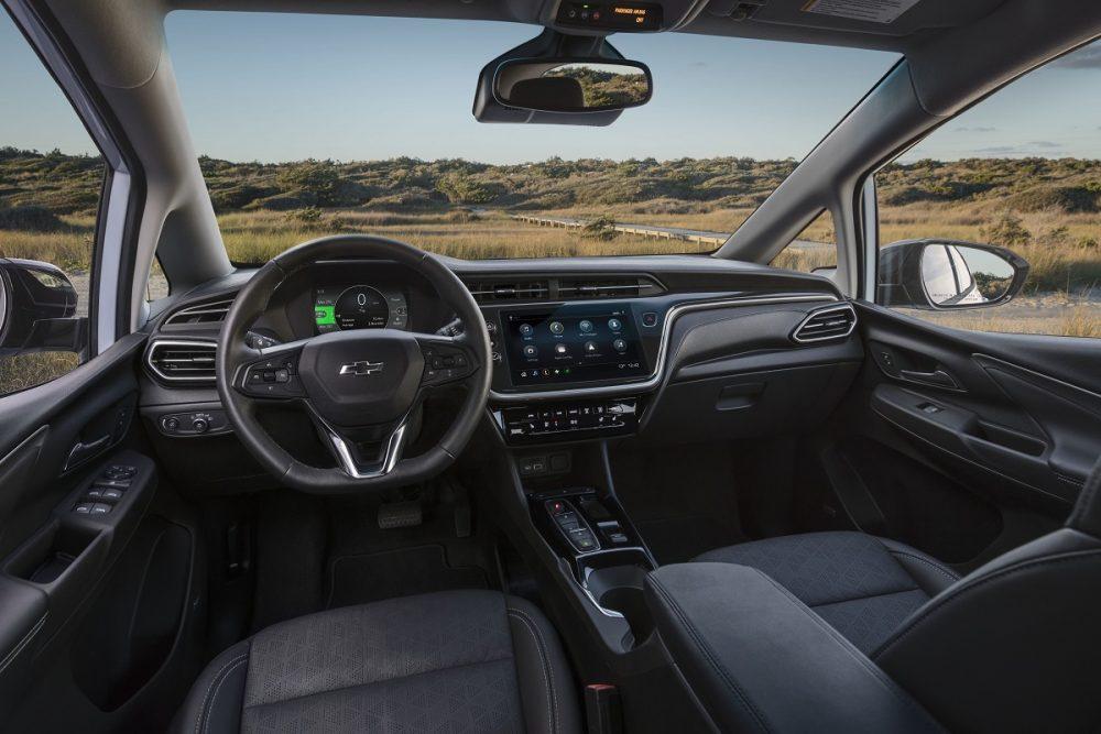 2022 Chevrolet Bolt EV front seats