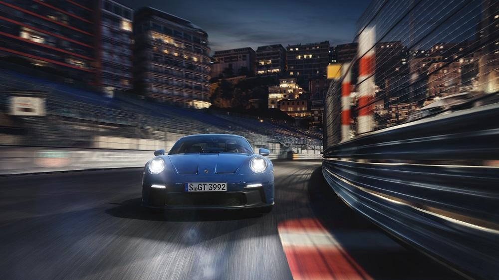 2022 Porsche 911 GT3 entering a corner