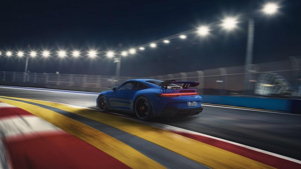 2022 Porsche 911 GT3 mid corner