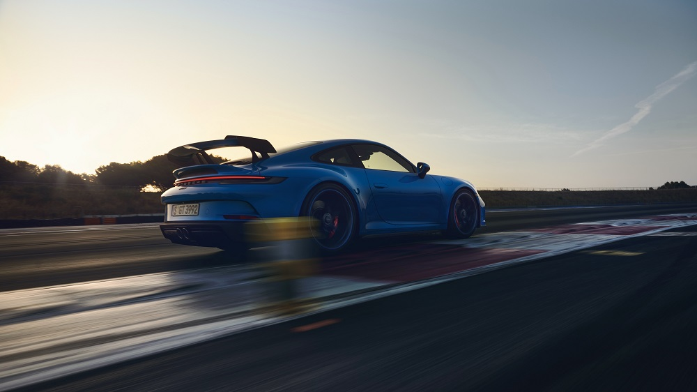 2022 Porsche 911 GT3 rear-side view
