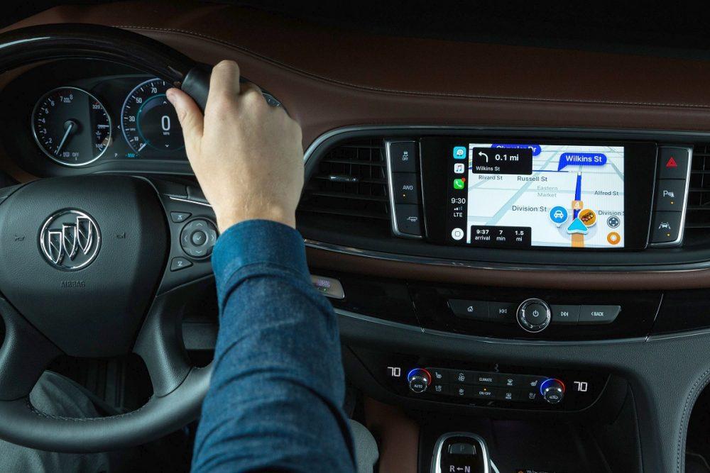 Buick Enclave Avenir infotainment touch screen