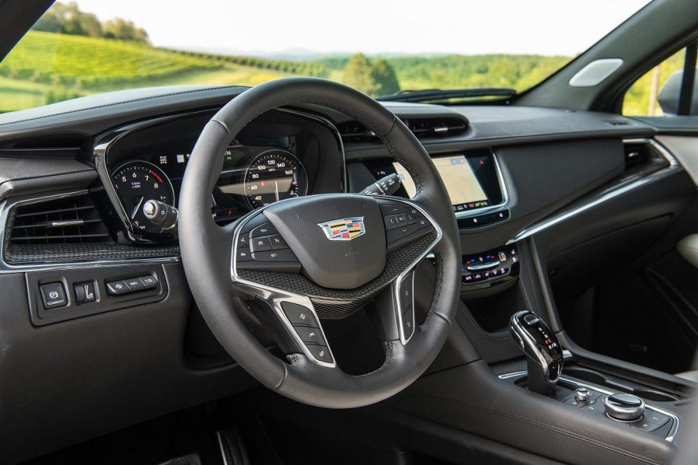 Steering wheel of Cadillac XT5