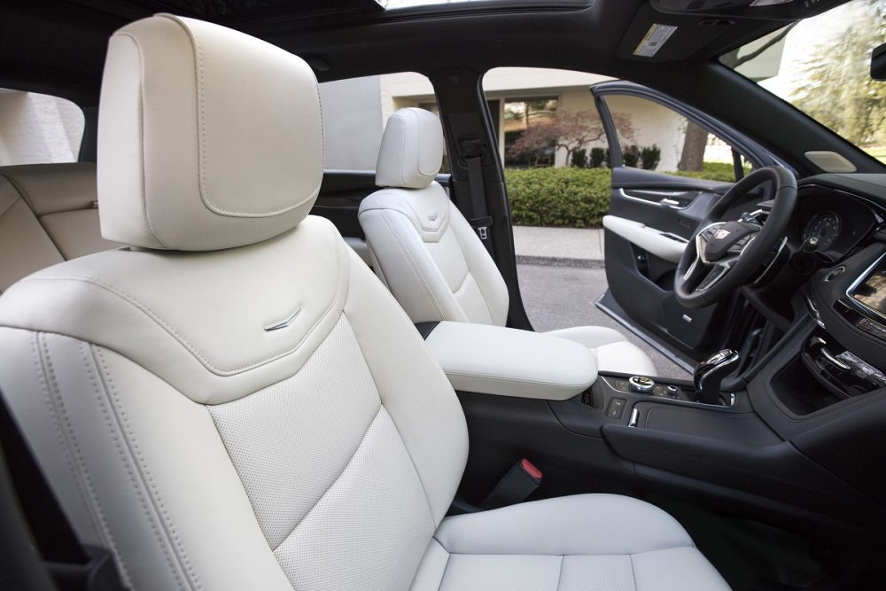 Cadillac XT5 front seat side view