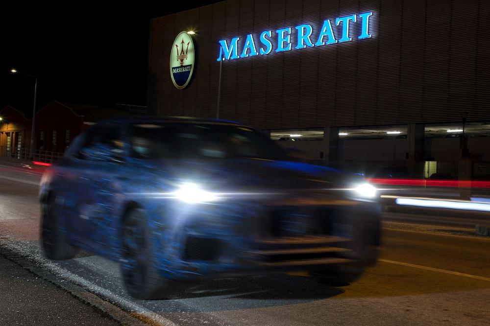 Maserati Grecale SUV prototype teaser (front 1)