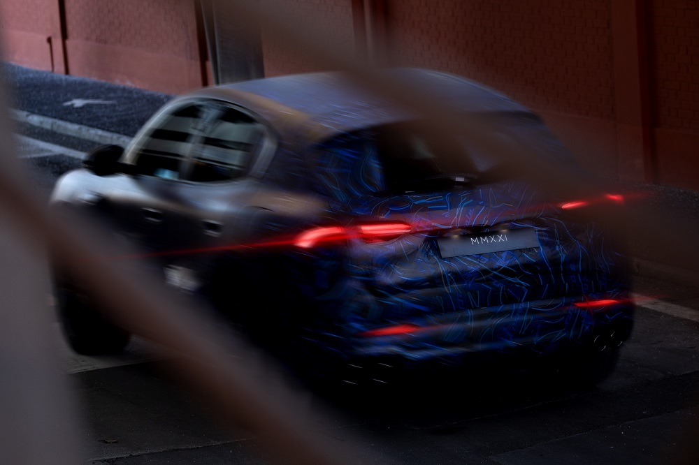 Maserati Grecale SUV prototype teaser (rear)