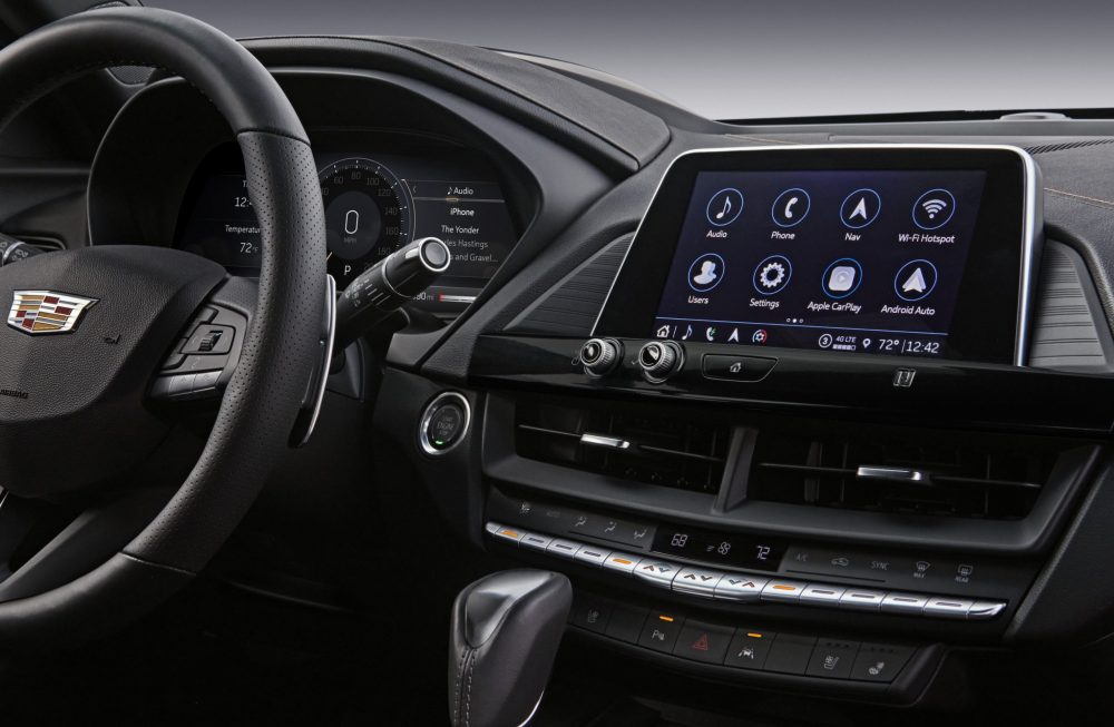 2021 Cadillac CT4 infotainment system