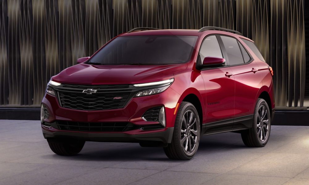 Front side view of 2022 Chevy Equinox RS
