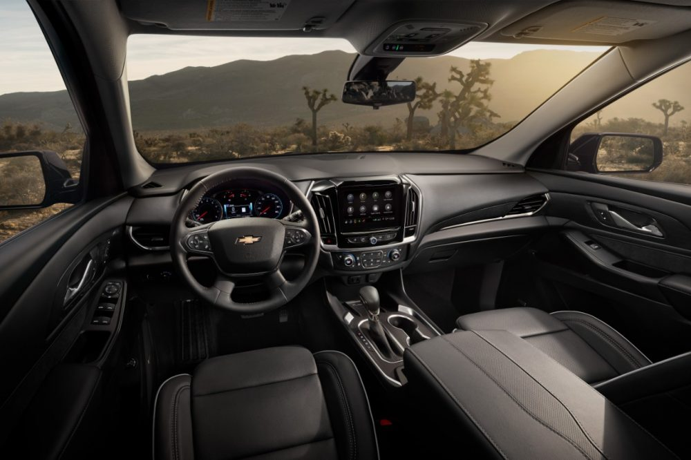The front row of the 2021 Chevrolet Traverse