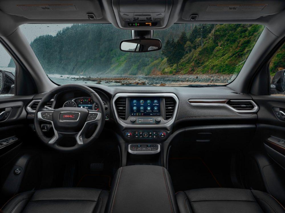 2021 GMC Acadia front seats