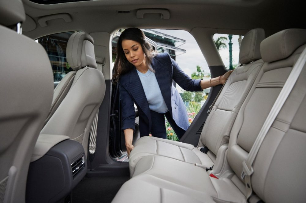 2021 Lincoln Corsair sliding second-row seat