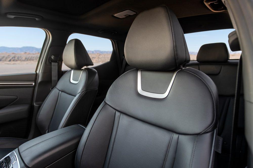 Front seats of 2022 Hyundai Santa Cruz