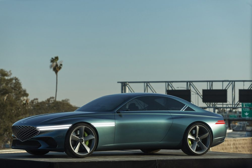 Side view of Genesis X Concept
