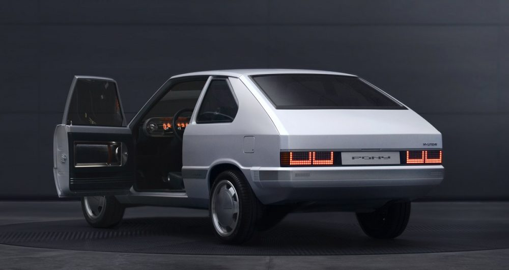 Rear side view of Hyundai Heritage Series Pony concept