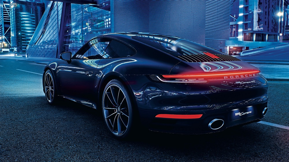 A photorealistic Porsche 911 Carrera 4S in Unreal engine shows off the power of modern gaming tech