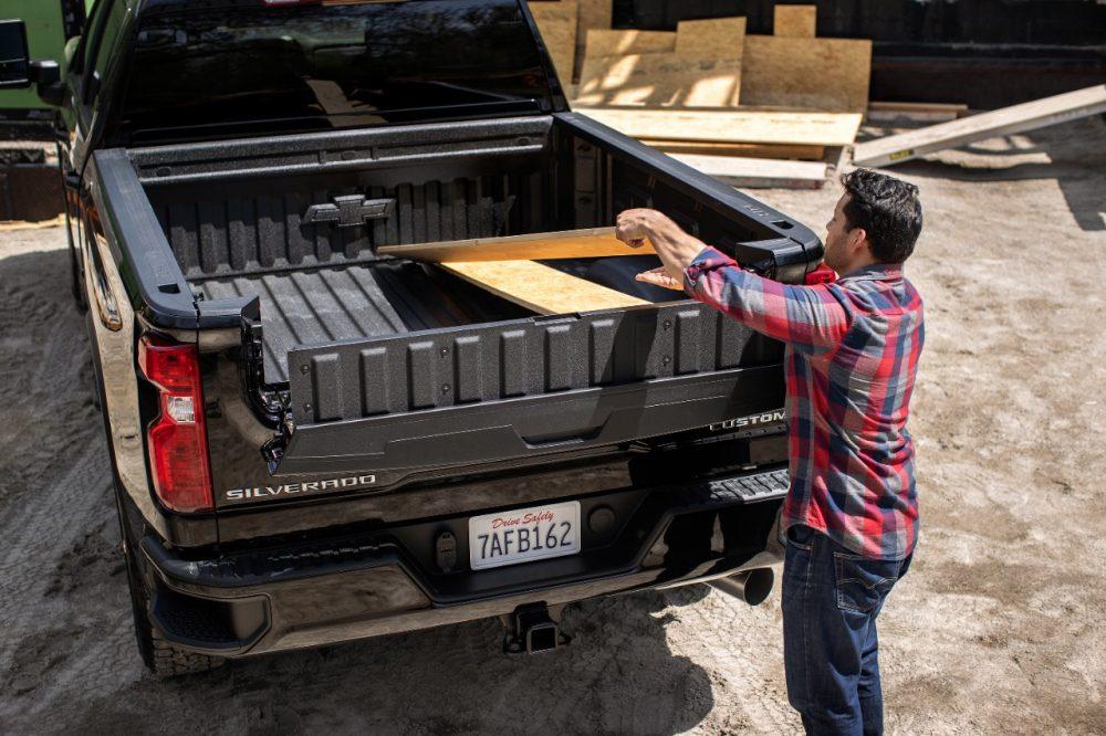 2022 Chevrolet Silverado HD Multi-Flex Tailgate Inner Gate Load Stop