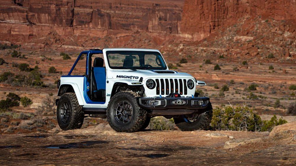 Jeep Wrangler Magneto BEV Concept in the Moab Desert