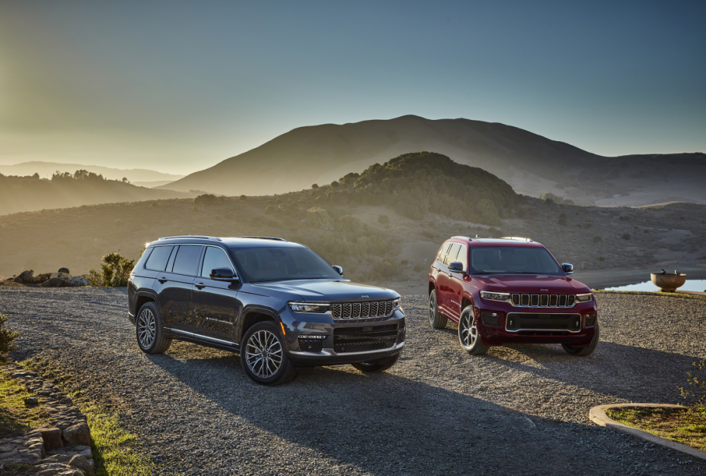 The 2021 Jeep Grand Cherokee L Summit Reserve and Grand Cherokee L Overland parked on a street