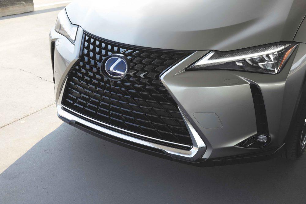 2021 Lexus UX grille
