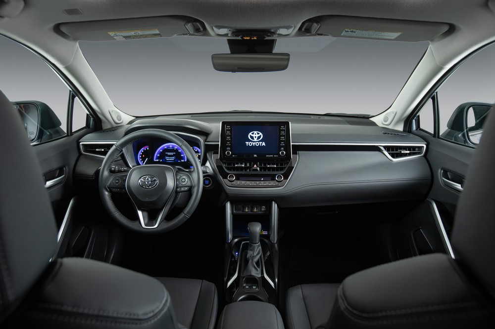 2022 Toyota Corolla Cross Celestite front row