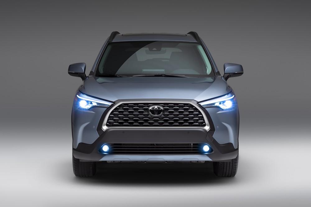 2022 Toyota Corolla Cross Celestite front