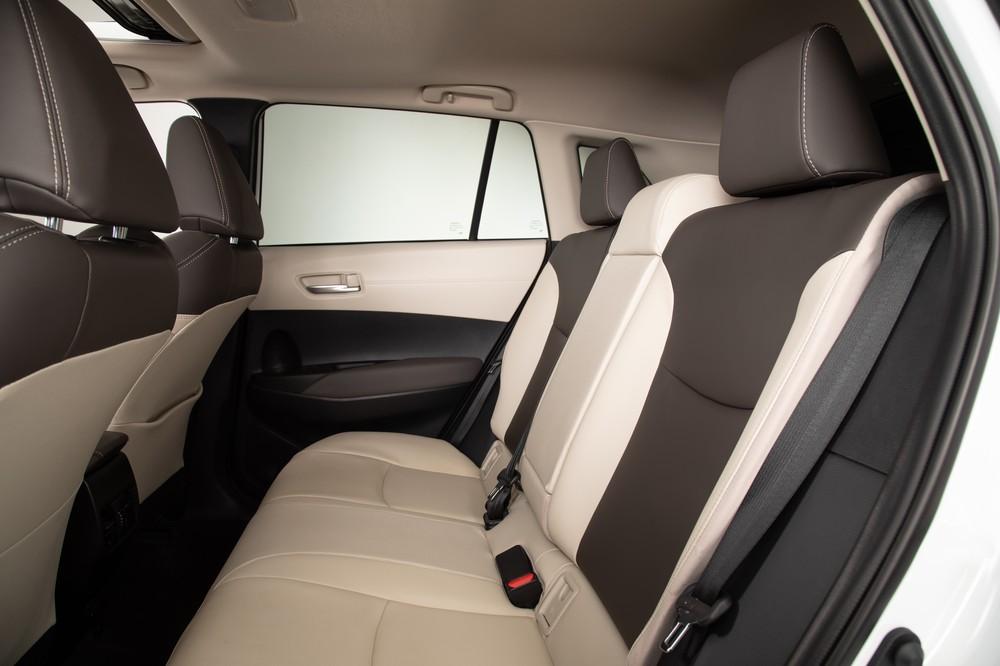 2022 Toyota Corolla Cross Celestite second row