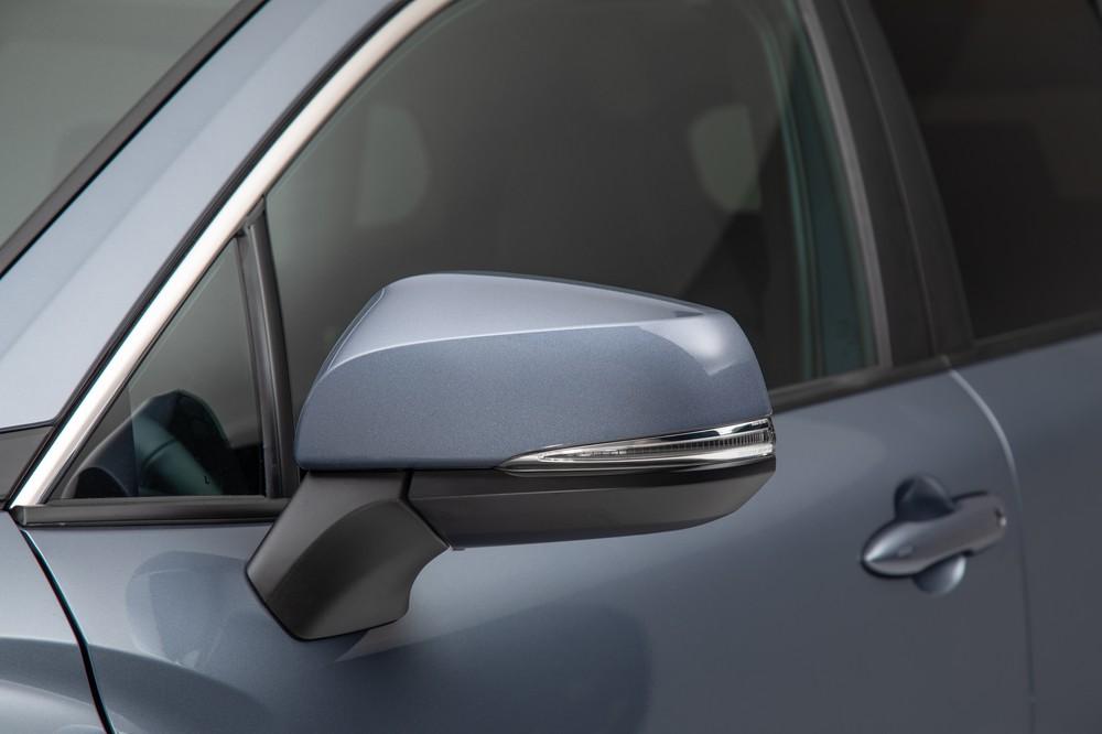 2022 Toyota Corolla Cross Celestite side mirror