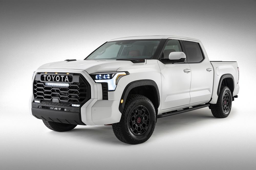https://thenewswheel.com/wp-content/uploads/2021/06/2022-Toyota-Tundra-first-look.jpg