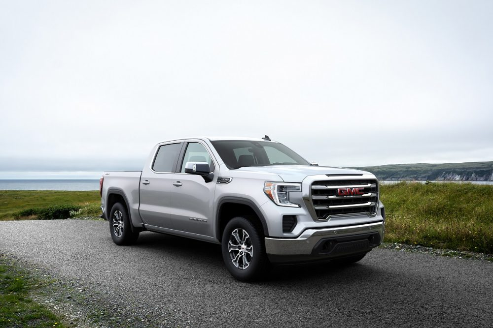Front side view of parked 2021 GMC Sierra 1500