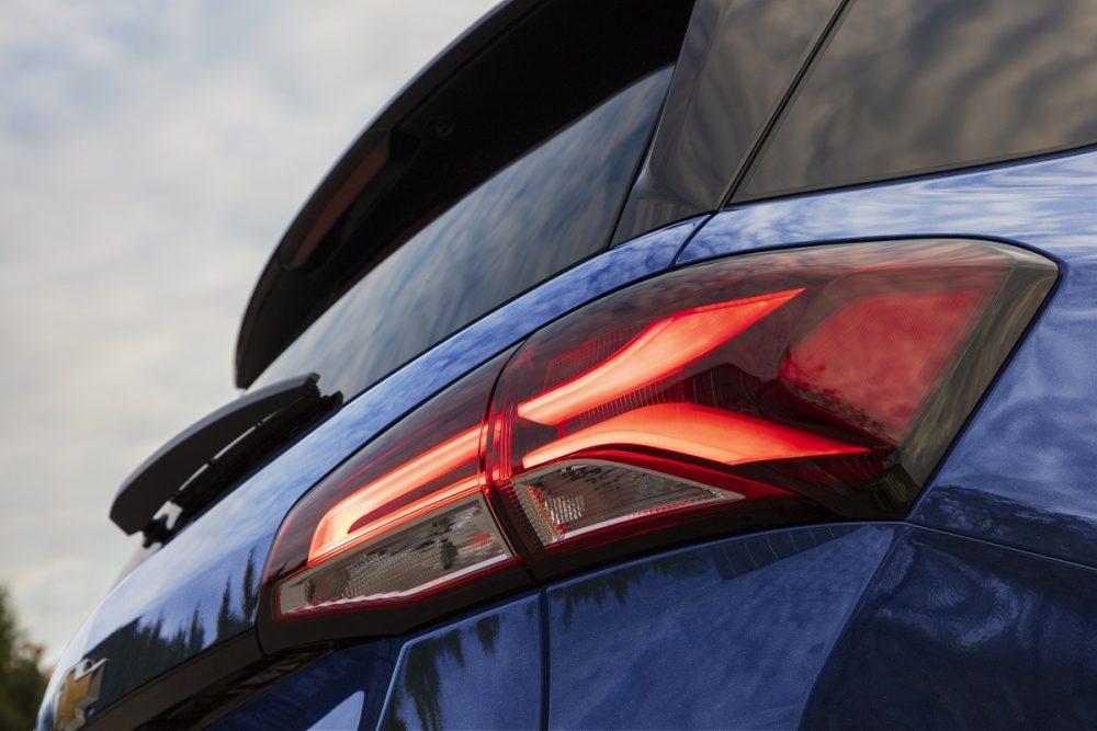 Gros plan du feu arrière Chevrolet Equinox Premier 2022