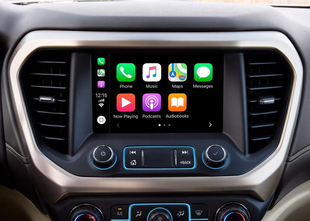 Apple CarPlay sur écran tactile GMC Acadia Denali