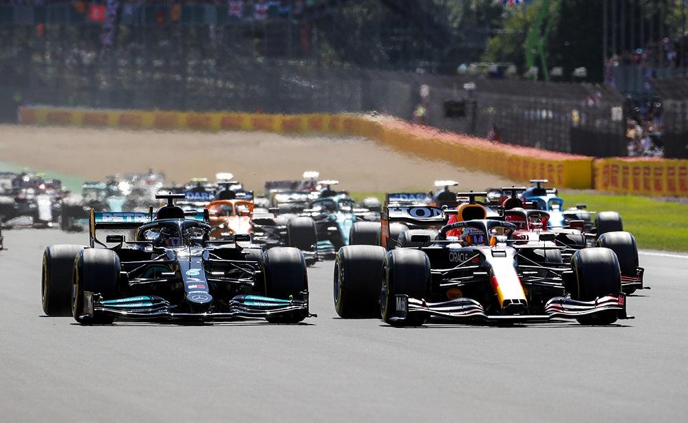 Verstappen leads Hamilton at the start of the 2021 British Grand Prix